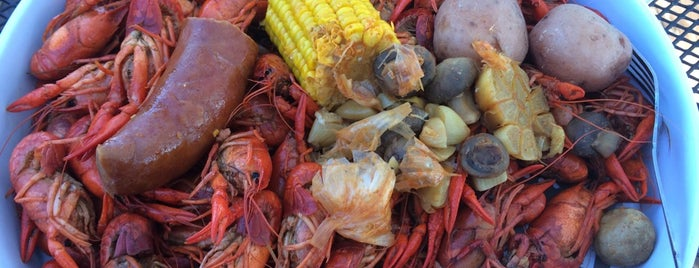 Crawdads Sports Bar & Grill is one of Miles List.