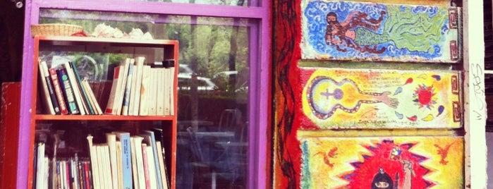 La Karakola is one of Cafes.