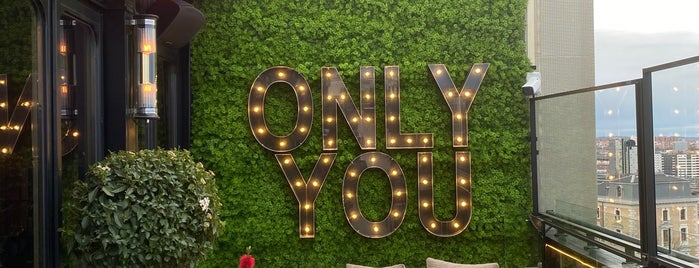 Only You Hotel Atocha is one of Brunch en Madrid.