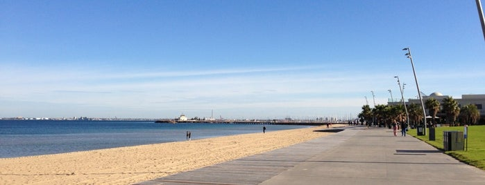 St Kilda Beach is one of Tempat yang Disukai Matthew.