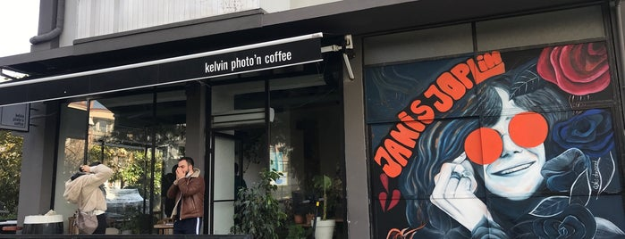 Kelvin Photo'n Coffee is one of 📍#2 izmir   GASTRONAUT'S GUIDE.