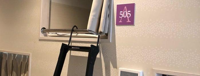 1泊1980円ホテル is one of 気になる.
