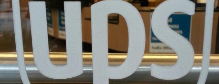 The UPS Store is one of Orte, die Chia gefallen.