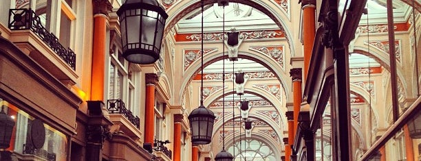 The Royal Arcade is one of clive'nin Beğendiği Mekanlar.