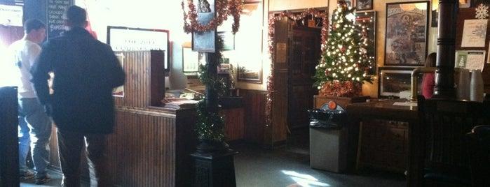 Bumstead's Pub is one of Julie 님이 저장한 장소.