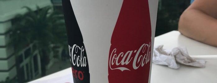 Coca-Cola Store is one of Posti che sono piaciuti a Will.
