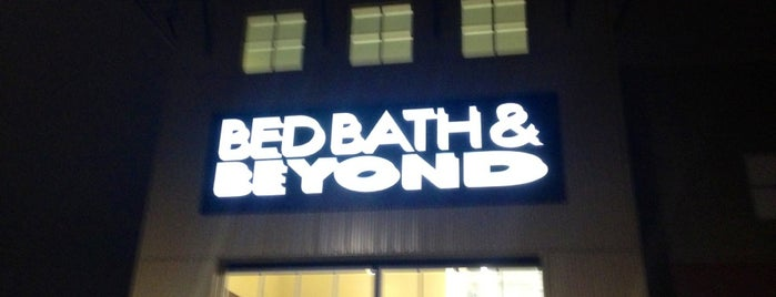 Bed Bath & Beyond is one of Posti che sono piaciuti a Howie.