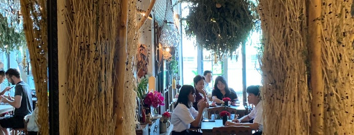 Floral Café at Napasorn is one of Gespeicherte Orte von Huang.