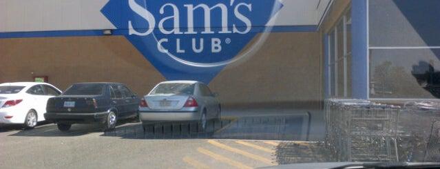 Sam's Club is one of สถานที่ที่ Yare ถูกใจ.