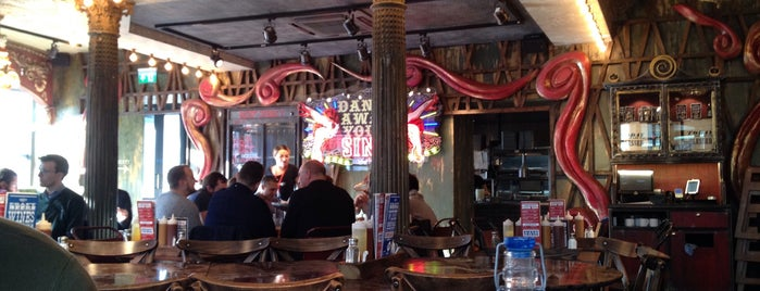 Red's True Barbecue is one of Visiting London.