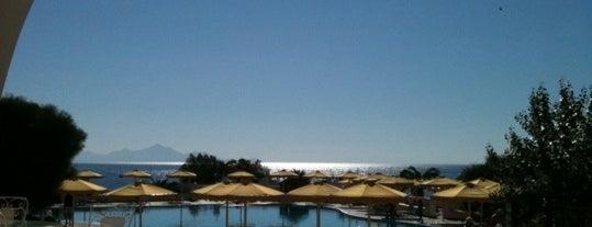Mitsis Beach Bar is one of Lugares favoritos de Inga👑.