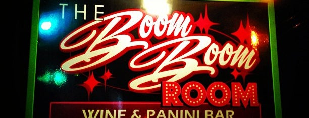 Boom Boom Room is one of Lieux qui ont plu à Stephanie.