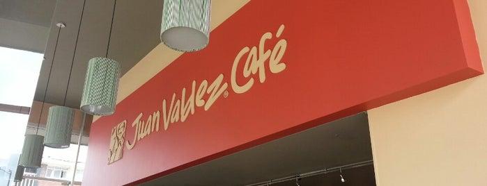 Juan Valdez Café is one of สถานที่ที่ Henry D ถูกใจ.