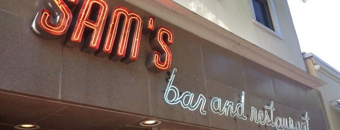 Sam's Bar and Restaurant is one of Locais salvos de Mary.