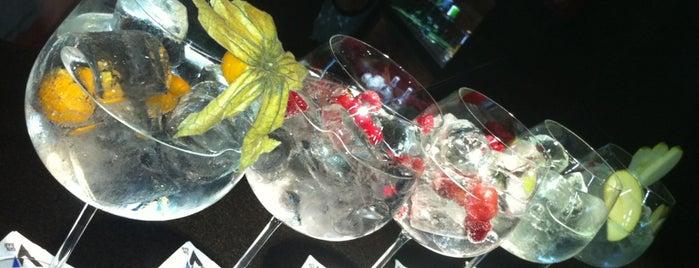 La Villa Gin Bar is one of Locais salvos de Rodri.