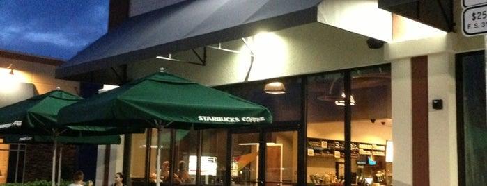 Starbucks is one of Lieux qui ont plu à Chelsea.