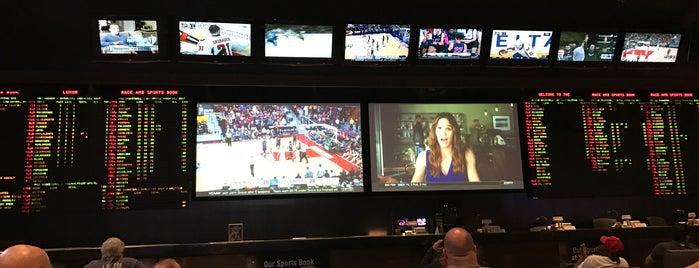 Race & Sports Book is one of Lugares guardados de Amy-Marie.