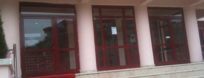 Ümitköy Anadolu Lisesi is one of Orte, die Hakan gefallen.