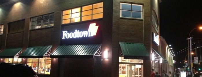 Foodtown is one of LadyMissDi 님이 좋아한 장소.