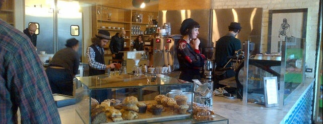 Intelligentsia Coffee & Tea is one of Guide to Los Angeles's best spots(#279).