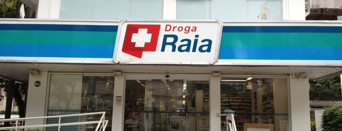 Droga Raia is one of Locais curtidos por Joao.