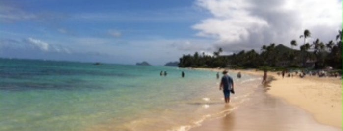 Kailua Beach Park is one of plages.