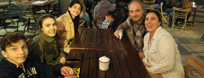Côte Café is one of Luci'nin Beğendiği Mekanlar.
