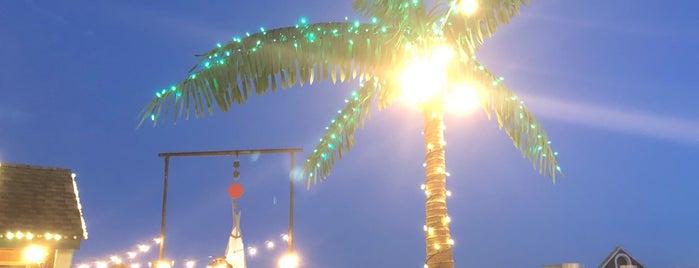 Pier 9 Minigolf is one of Lugares favoritos de Ben.