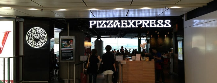 PizzaExpress is one of Locais curtidos por Panagiotis.