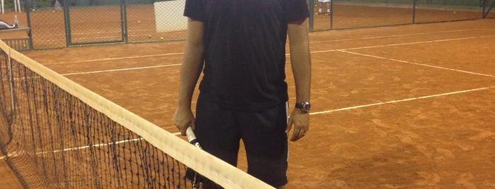 Mazzeo Tennis is one of Tempat yang Disukai Leonardo.