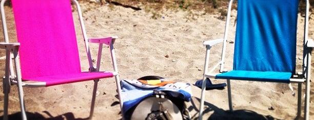V Beach - Kalealtı Sahil is one of Lieux sauvegardés par Yeliz.