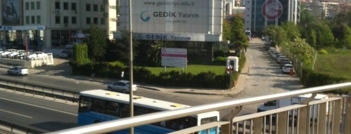 İktisadi ve İdari Bilimler Fakültesi is one of Posti che sono piaciuti a Anıl.