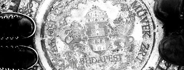 Budapest Első Esti Piaca is one of Locais salvos de Nikoletta.