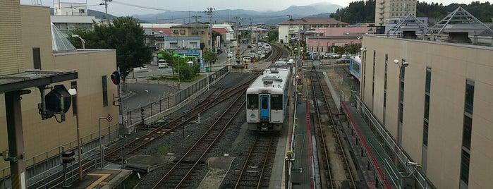 Sagae Station is one of JR 미나미토호쿠지방역 (JR 南東北地方の駅).