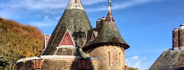 Castell Coch is one of Locais curtidos por Carl.
