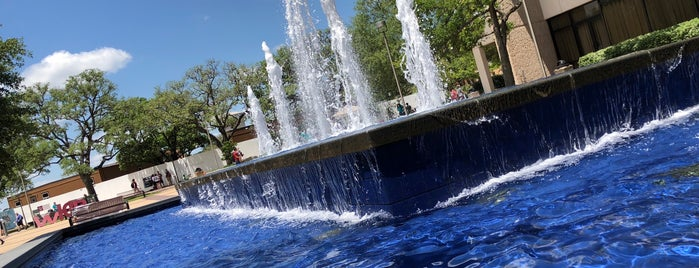 Rudder Fountain is one of David's Liked Places.