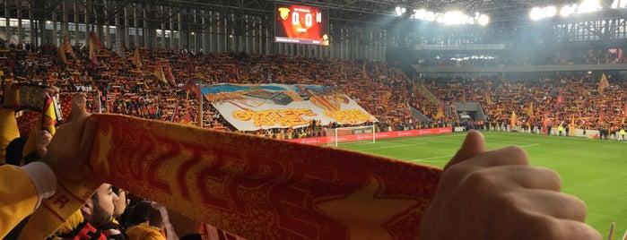 Göztepe Gürsel Aksel Stadyumu is one of Tempat yang Disukai Berkan.