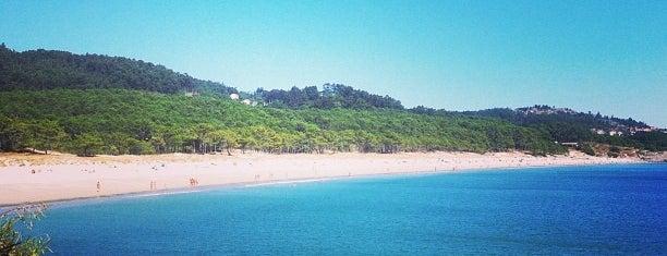Praia de Barra is one of Locais curtidos por David.