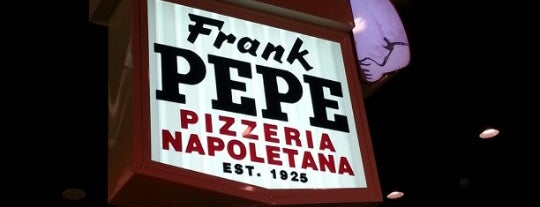 Frank Pepe Pizzeria Napoletana is one of Chelseaさんのお気に入りスポット.
