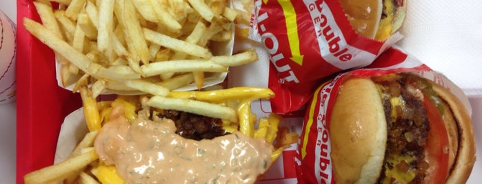 In-N-Out Burger is one of Posti che sono piaciuti a Nick.