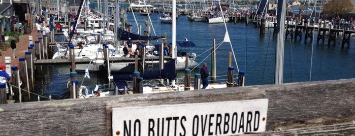 Nantucket Anglers Club is one of Orte, die Nick gefallen.