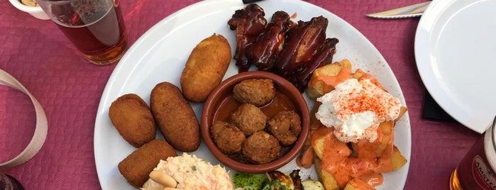 Restaurante Navellos is one of Lugares favoritos de Ali Can.