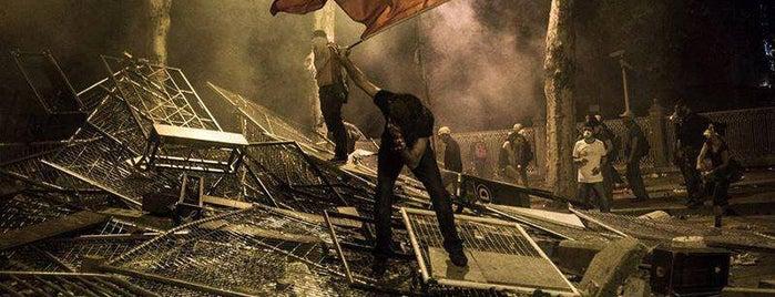 Taksim Gezi Parkı is one of Posti salvati di Ercan.