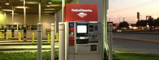 Bank of America is one of Orte, die George gefallen.