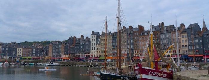 Port d'Honfleur is one of Bienvenue en France !.