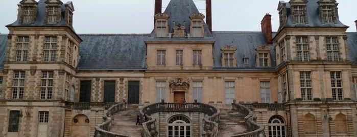 Château de Fontainebleau is one of Bienvenue en France !.