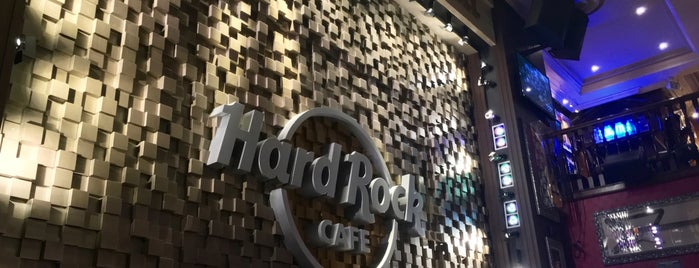 Hard Rock Cafe is one of PARIS.