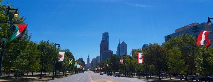 Benjamin Franklin Parkway is one of Philadelphia.