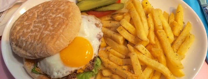 HD Diner Bastille is one of Burgers in Paris.