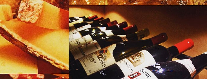 Le Bar à Vins is one of Lugares favoritos de Theo.